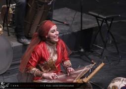 تصاویر آوای ایرانیان از اجرای رستاک در تالار وحدت