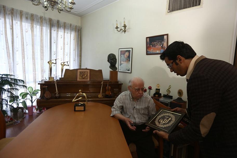 حسین دهلوی (1)