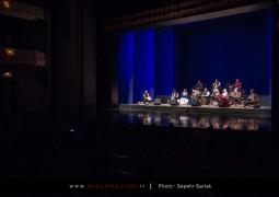 برپایی یک کنسرت موسیقی نواحی با تغییر خواننده