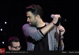 کنسرت 8 بهمن بنیامین
