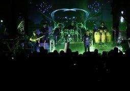 تصاویر آوای ایرانیان از کنسرت مشترک نیما علامه و مهران مستی