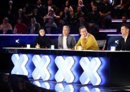 انتقاد از تمسخر یک سرود باشکوه در شبکه پرحاشیه تلویزیون!