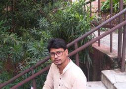 شاعر هندوستانی شعری  برای سردار دل ها سرود +عکس