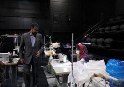 حضور معاون امور هنری به کارگاه خیریه تولید ماسک در تالار حافظ