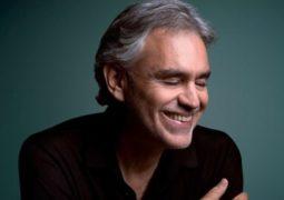 اجرای خواننده ایتالیایی برای صندلیهای خالی