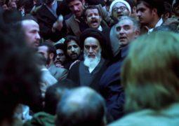 روایت «برای تاریخ» از شکل گیری بسیج در شبکه افق