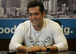 کمک سلمان خان به پلیس هند در دوران کرونایی