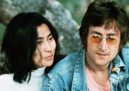 حراج آلبومی که جان لنون برای قاتلش امضا کرد